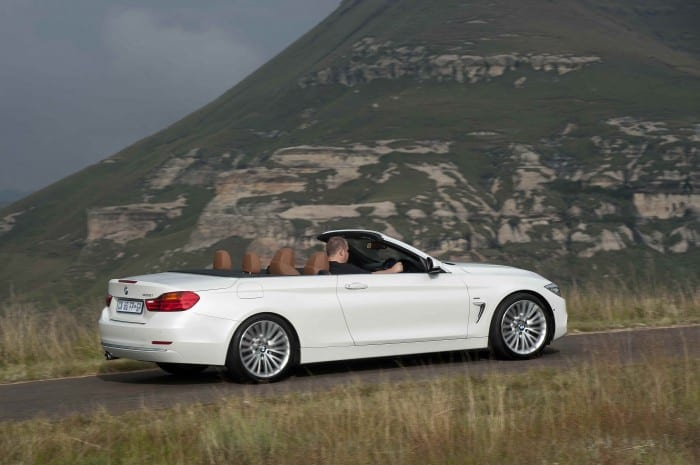 BMW 4-Series Convertible Side Motion - Surf4cars