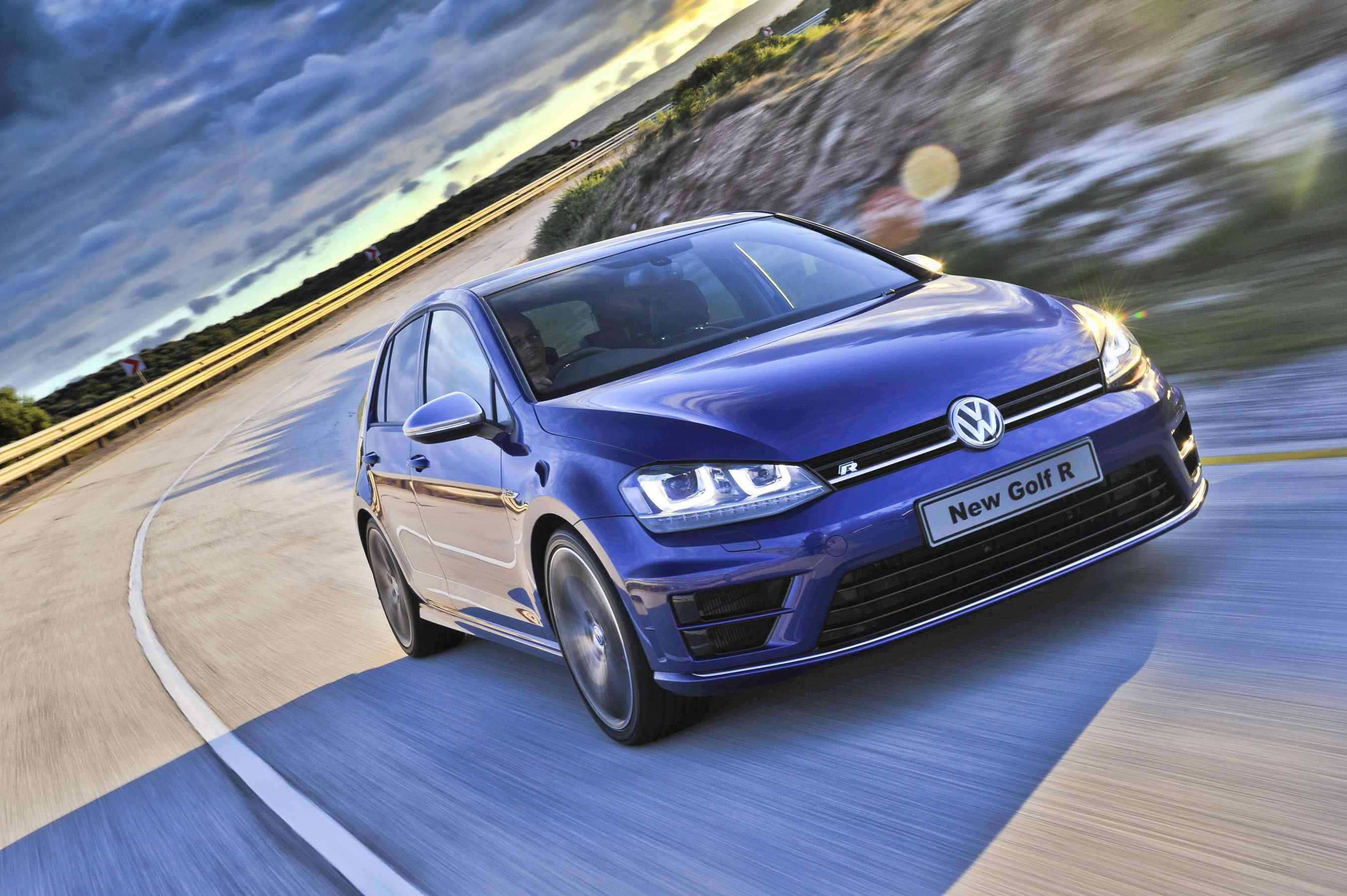Volkswagen Golf R DSG (2014): New Car Review
