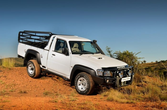 Nissan Patrol Pickup Side - Surf4cars