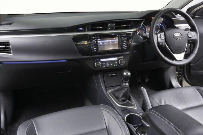 Toyota Corolla Interior - Surf4cars