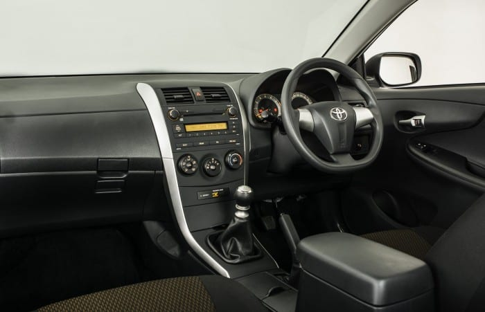 Toyota Corolla Quest Interior - Surf4cars