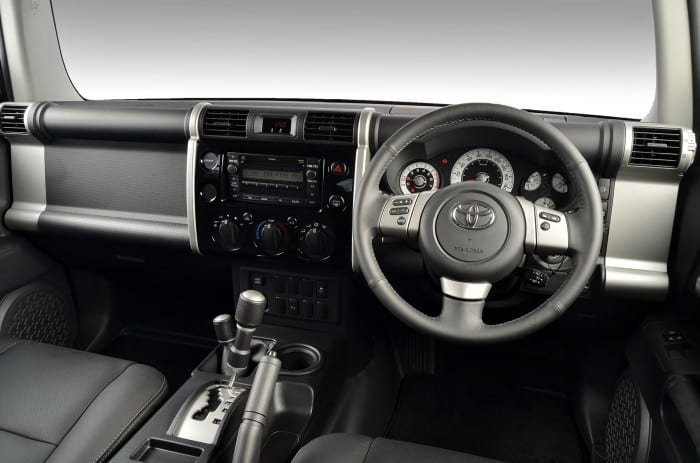 Toyota FJ Cruiser Interior - Surf4cars