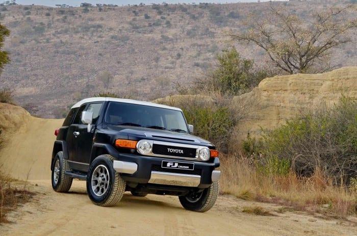 Toyota FJ Cruiser Off-road - Surf4cars