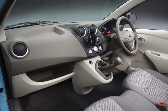 Datsun Go Interior - Surf4cars