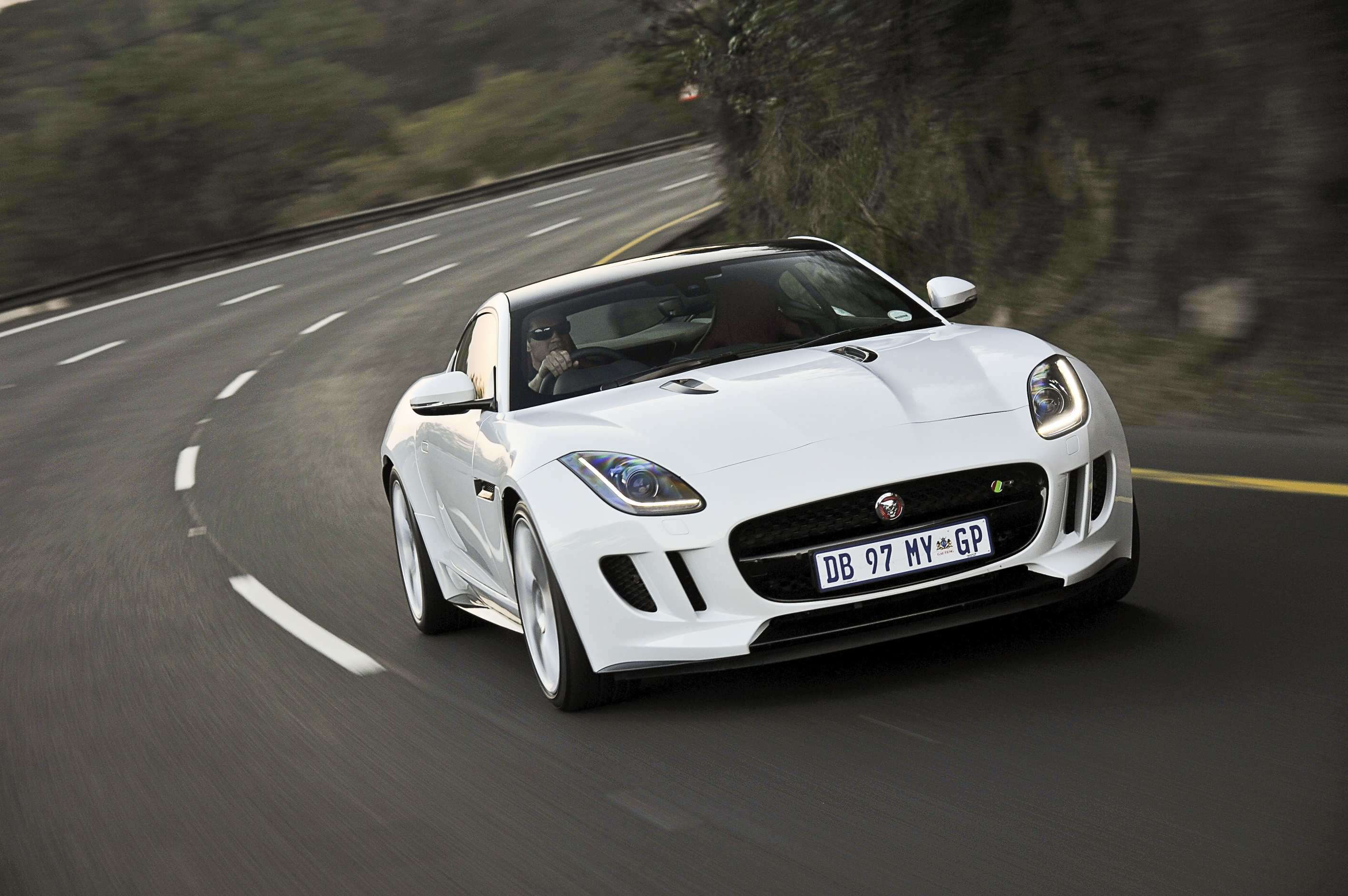 Jaguar F-Type Coupe (2014): Launch Drive