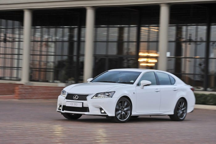 Lexus GS Motion Right - Surf4cars