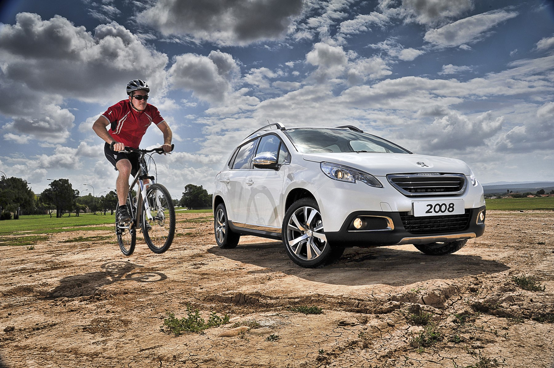 Peugeot 2008 1.6 Allure (2014): New Car Review