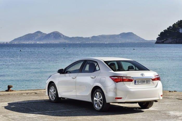 New-Toyota-Corolla-Rear