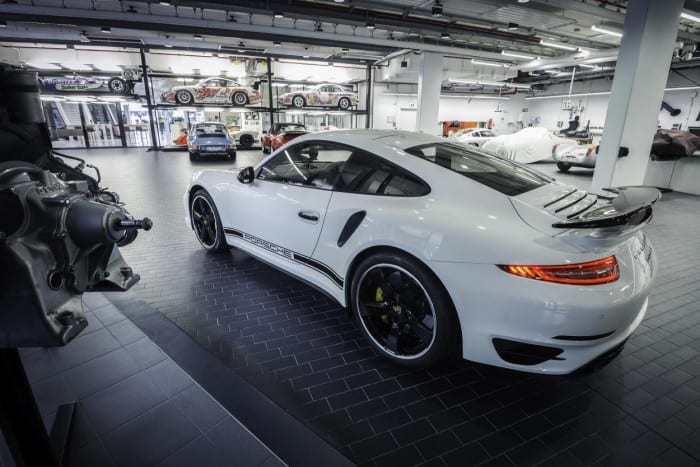 Porsche 911 Turbo S Exclusive Edition Factory - Surf4cars