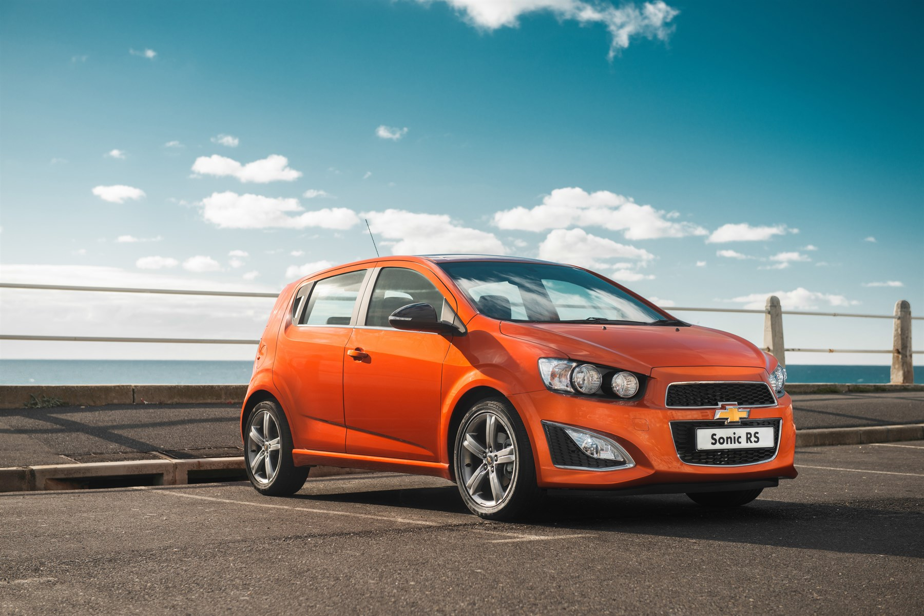 Chevrolet Sonic RS (2014): New Car Review