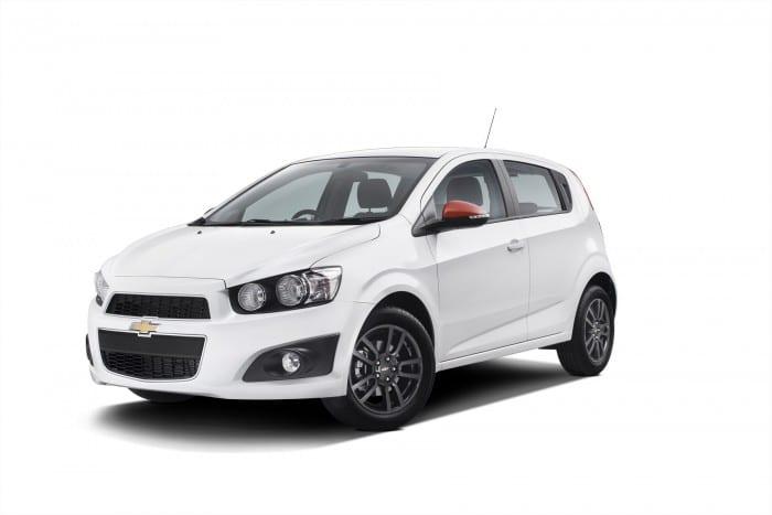 Chevrolet Sonic White - Surf4cars