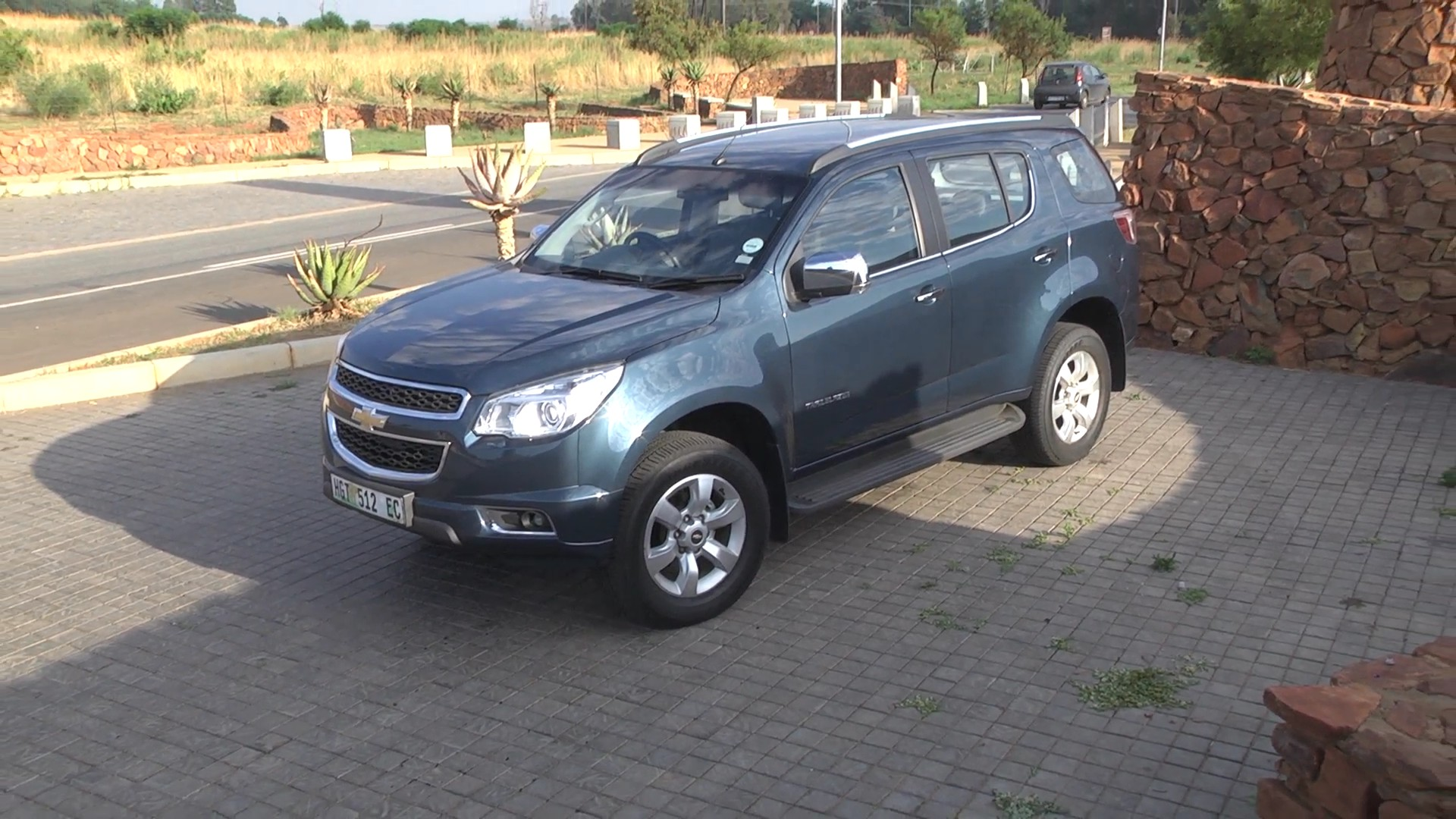 2014 chevrolet trailblazer new car review surf4cars. Cars Review. Best American Auto & Cars Review