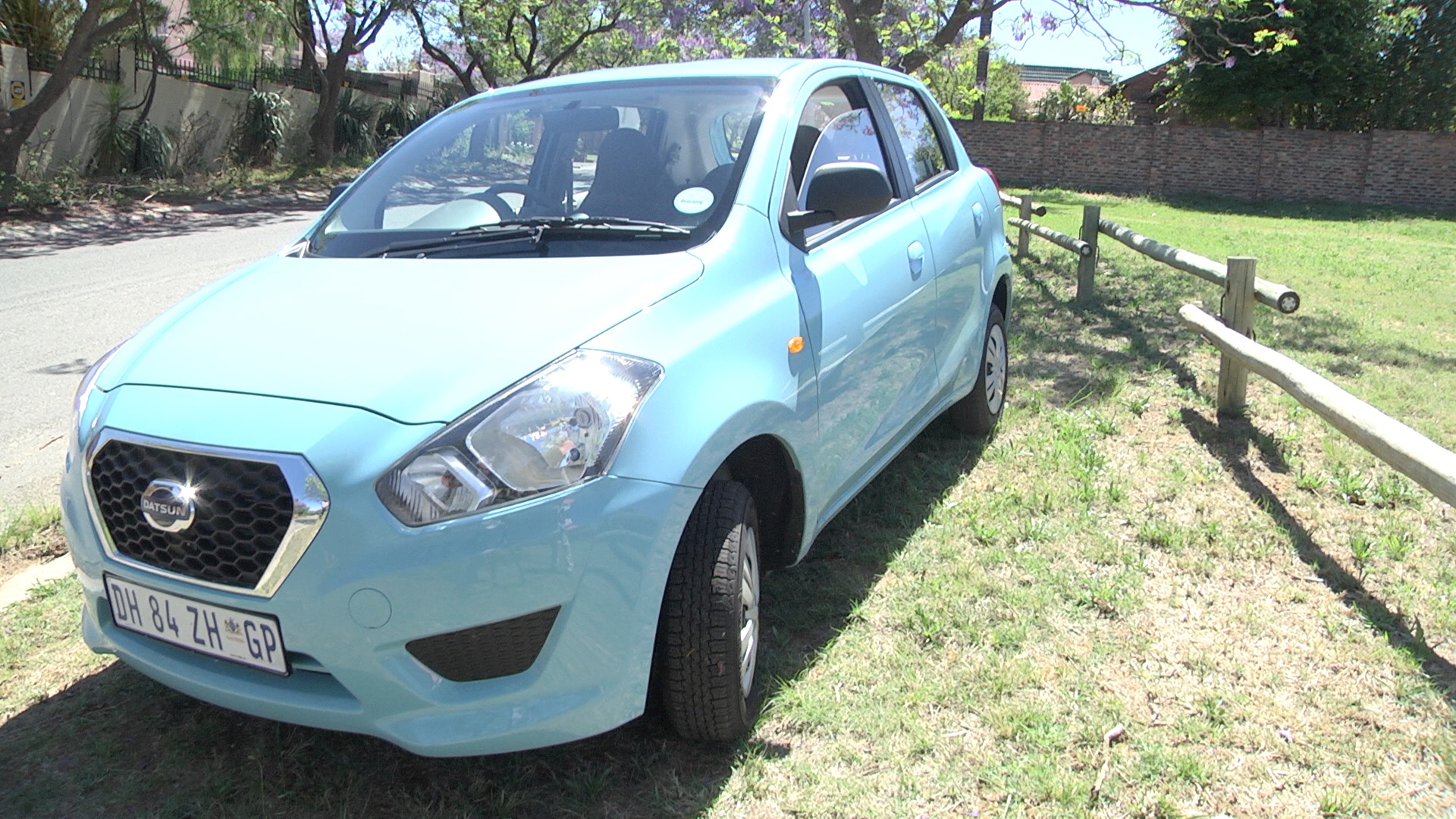 Datsun Go returns after 33 Years : New Car Review