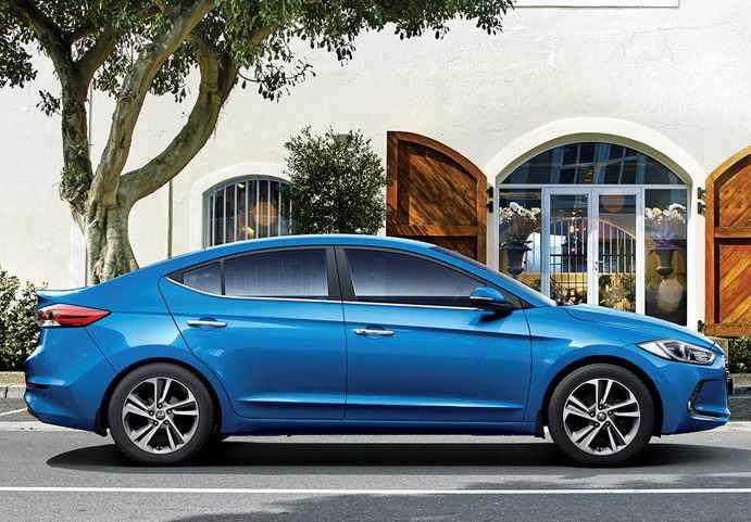 Hyundai Elantra Sport – Grinning and Growling