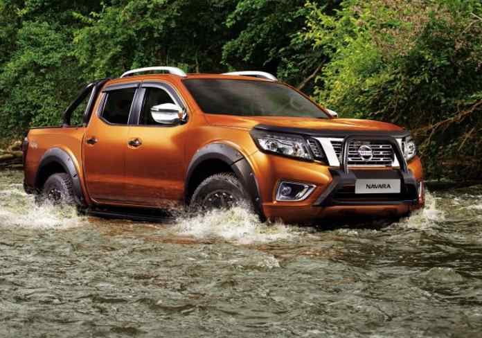 Nissan Navara – Manual: Rugged and Womanly Version 2