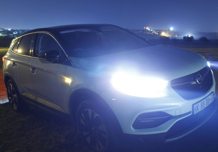 THE NEW OPEL GRANDLAND X – HUNTING FOR KUGA'S AND TIGGA'S