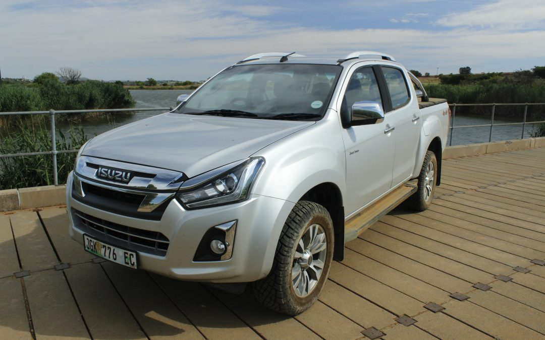The New Isuzu D-MAX 4×4 Double-cab LX Auto – Driven