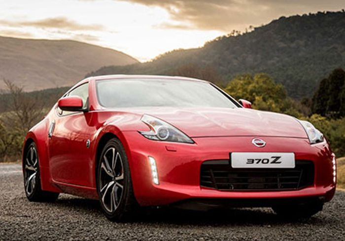 Group 1 Nissan The Glen – Nissan 370Z – outstanding style & strong performance