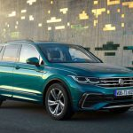 Thinking of Buying an SUV? How About The 2019 VW Tiguan?