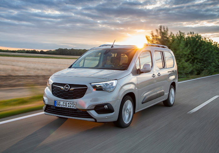 Well-built and practical are the Opel Combo Life's main traits