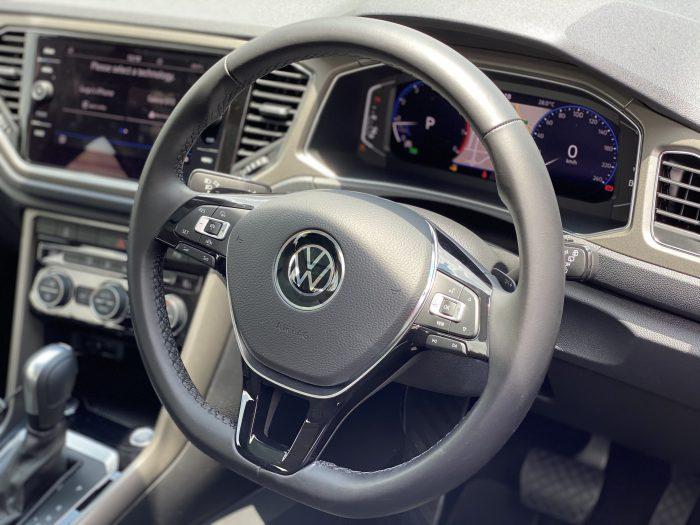 VW T-Roc drivers side view