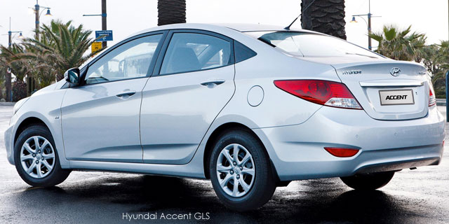 Surf4Cars_New_Cars_Hyundai Accent sedan 16 Fluid_2.jpg